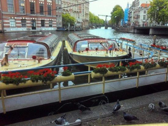 Netherlands Open-Air Museum and National Heritage Museum: canais de amisterdan