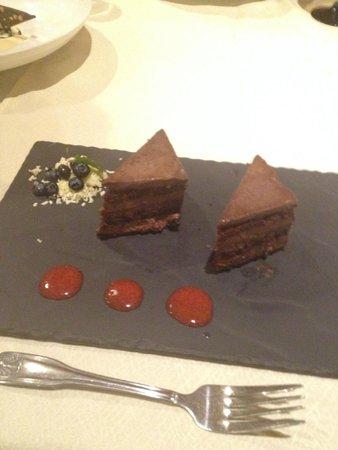 Don Sanchez Restaurante: dark chocolate cake