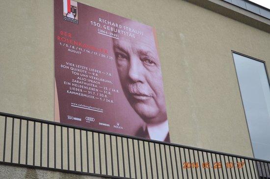 Großes Festspielhaus: 祝祭劇場