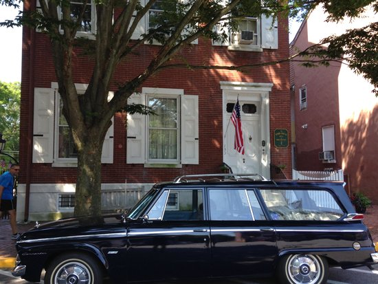 Terry House Bed and Breakfast: The 65 Wagonaire