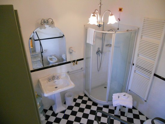 Villa Milani - Residenza d'epoca: bagno