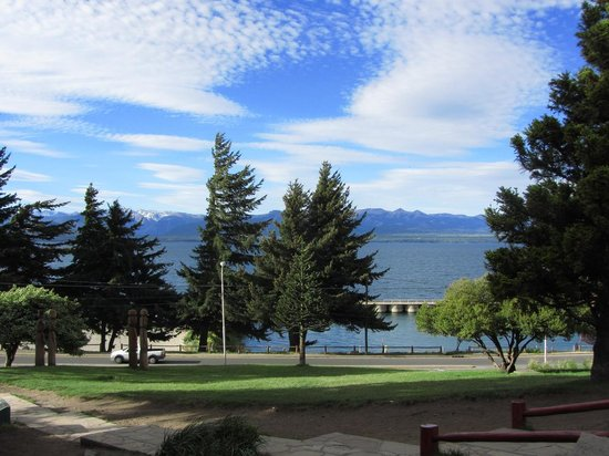 Centro Civico: Bariloche-Lago Nahuel Huapi visto desde el Centro Cívico