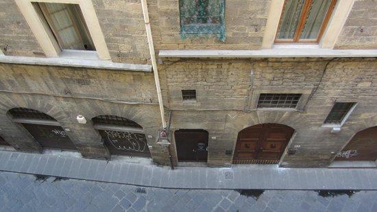 Hotel Silla: View of Via di San Niccolo