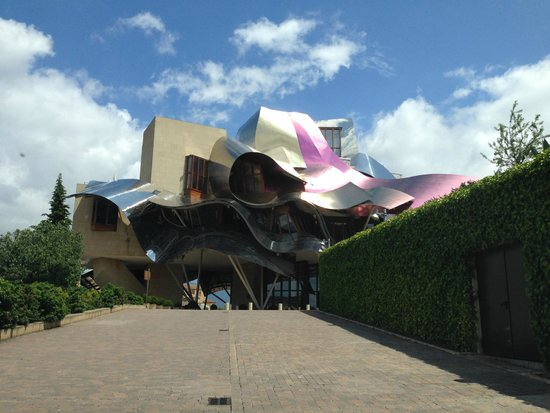 Hotel Marques de Riscal a Luxury Collection Hotel: Front view of hotel.