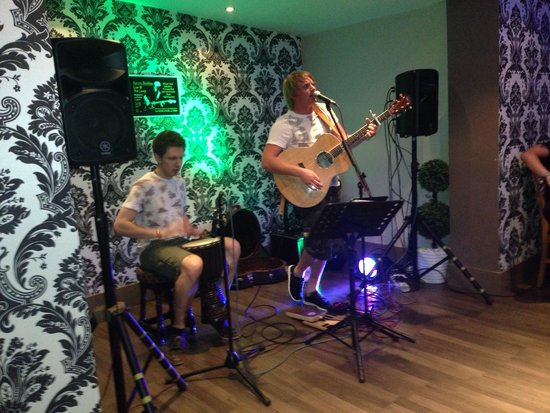 The Lamp: Great night with Aaron booton