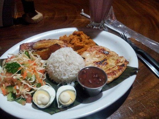 Restaurante Rana Roja: Dinner!