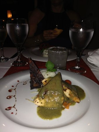 Valentin Imperial Riviera Maya: very special dinners