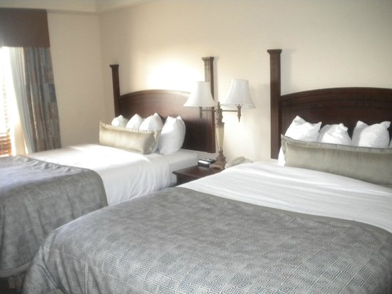 Staybridge Suites Eastchase Montgomery: Bedroom