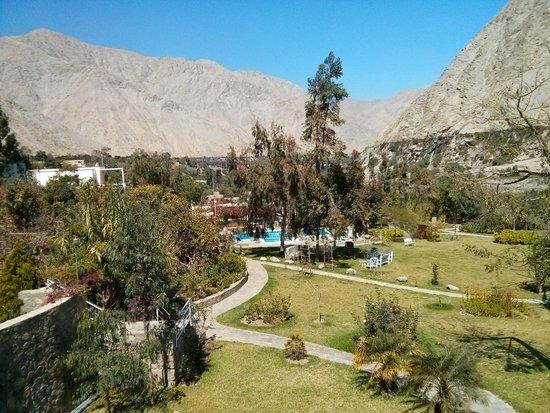 Hotel Los Palomos: Vista desde habitación del segundo piso