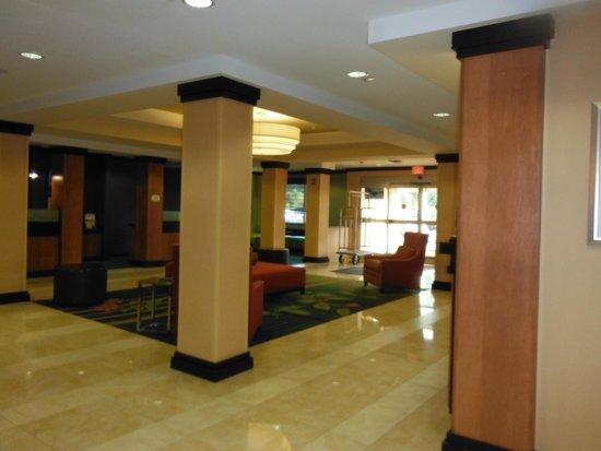 Fairfield Inn & Suites Raleigh-Durham Airport/Brier Creek: lobby