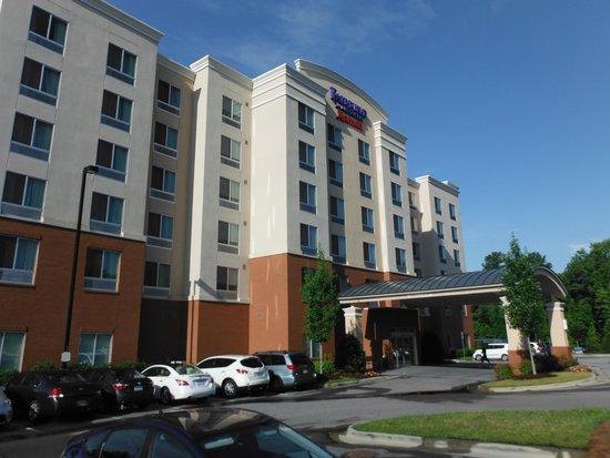 Fairfield Inn & Suites Raleigh-Durham Airport/Brier Creek: outside