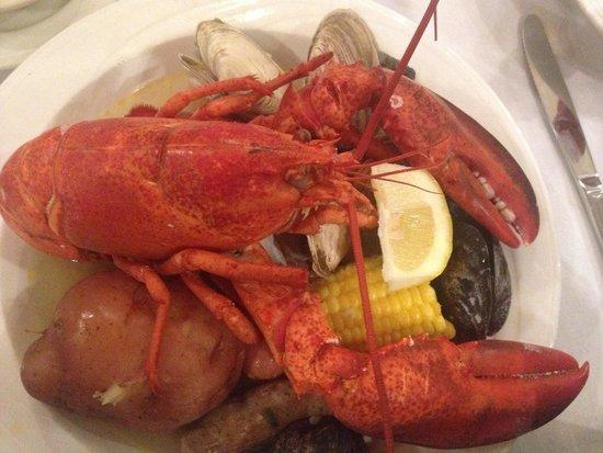 Atlantic Beach Club : Lobster boil dinner. Yumm