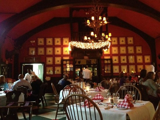 The Woods Restaurant: Interior of the dining room