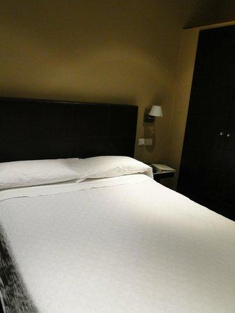 Hotel Moderno: Habitación
