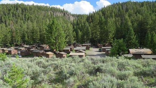 Roosevelt Lodge Cabins: roosevelt cabins <3