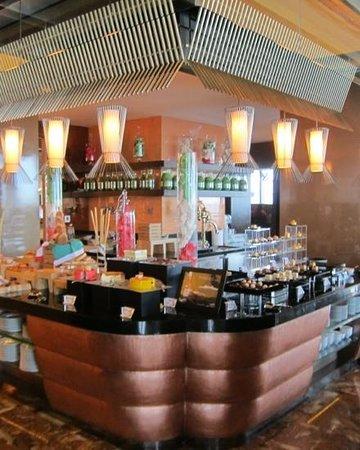 The Ritz-Carlton, Chengdu: buffet