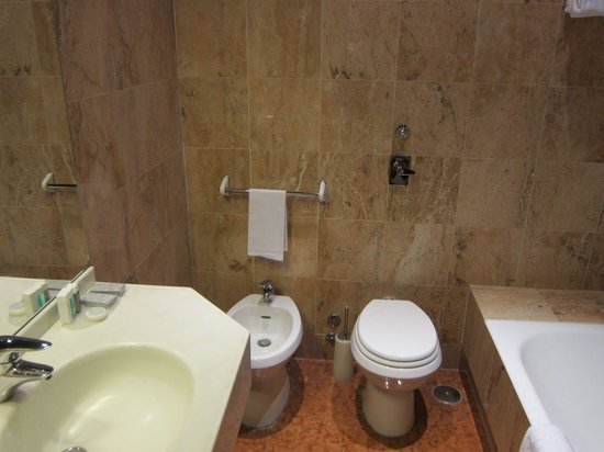 Hotel Manin: Toilet with bidet