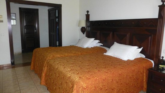 Hotel Riu Palace Cabo San Lucas Two Double Beds Pushed Together