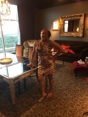 Hotel ZaZa Houston: Birthday Girl!!  Fatal Charms Suite Dining Area
