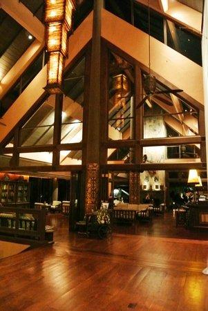 Anantara Golden Triangle Elephant Camp & Resort: Lobby