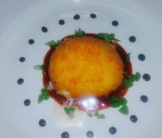 Zucca Rossa: Crumbed Burrata