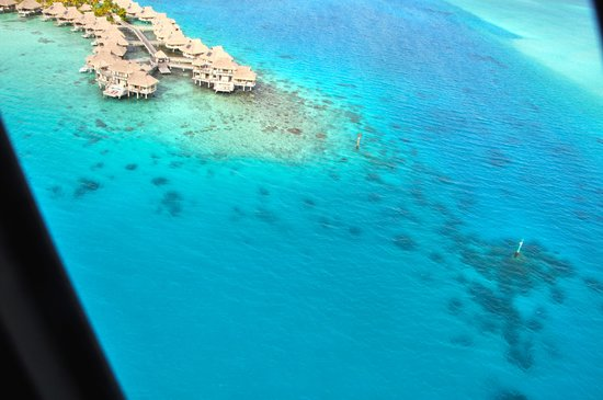 Le Meridien Bora Bora : Aerial view from helicopter