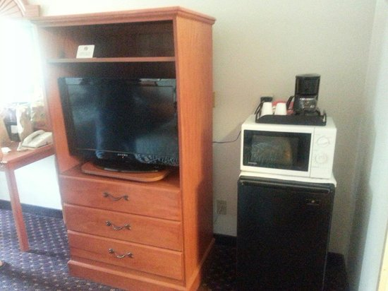 Americas Best Value Inn : Micro and flat screen