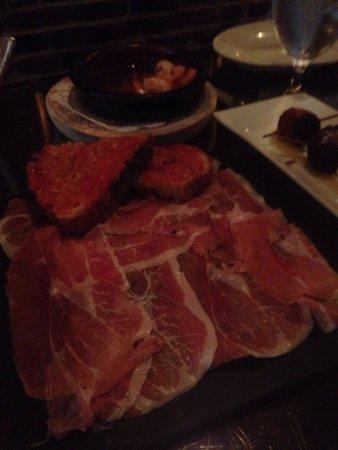 Socarrat Paella Bar: Tapas