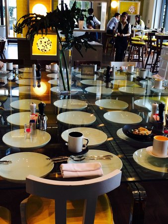 W Taipei: W Hotel Taipei main restaurant