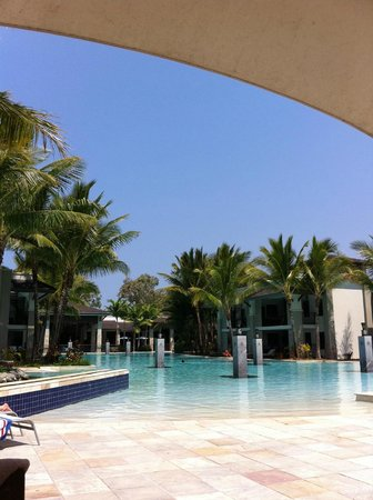 Pullman Port Douglas Sea Temple Resort & Spa: pool area