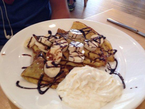 Yolk : Nutella Crepes w/bananas