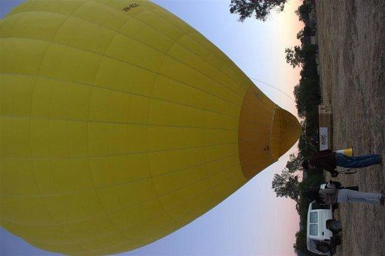 Hot Air Balloon Gold Coast: Ready to go