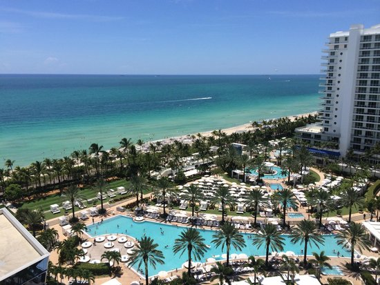 Fontainebleau Miami Beach : View from our 15th floor junior suite!