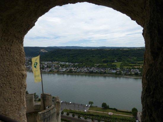 Schloss Marksburg: The Rhine through the rampart
