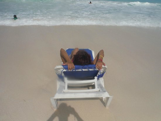 Royal Solaris Cancun: Relaxing beach
