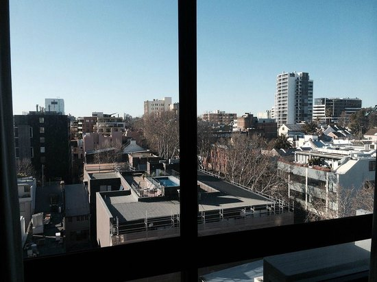 Cambridge Hotel Sydney: SE view from the 10th floor