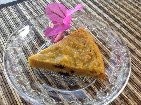 Sawah Bali: No sugar organic carrot cake
