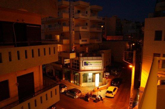 Kronos Hotel: вид с балкона