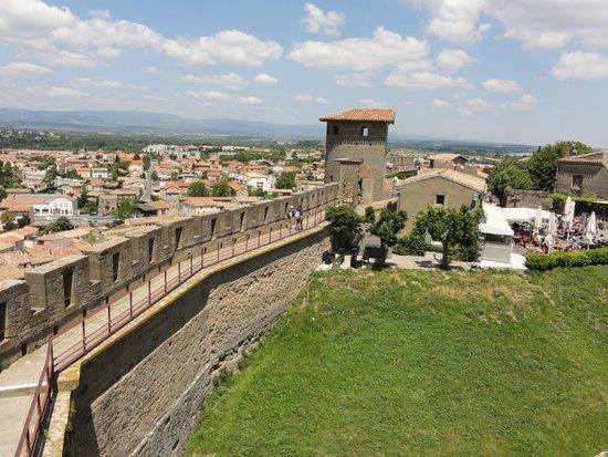 torres das muralhas de la cit de carcassonne picture of chateau et remparts de la cite de. Black Bedroom Furniture Sets. Home Design Ideas