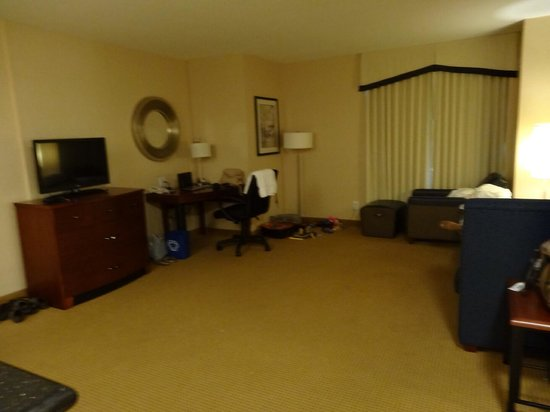 Residence Inn Toronto Downtown/Entertainment District: Large living room