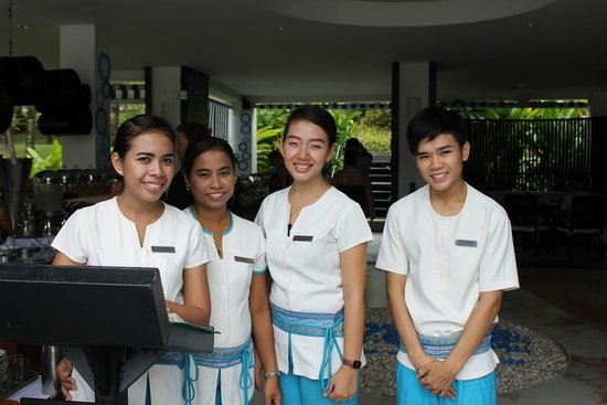 Centara Karon Resort Phuket: Happy People