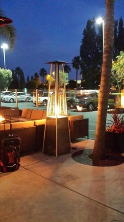 Homewood Suites by Hilton San Francisco Airport-North: Patio