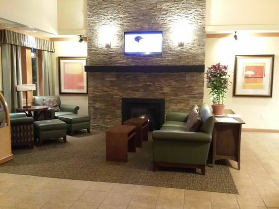 Homewood Suites by Hilton San Francisco Airport-North: Lobby