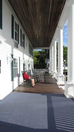 Emerson Inn : front porch