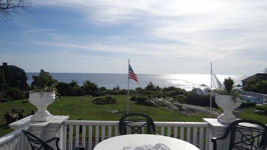 Emerson Inn : view from porch