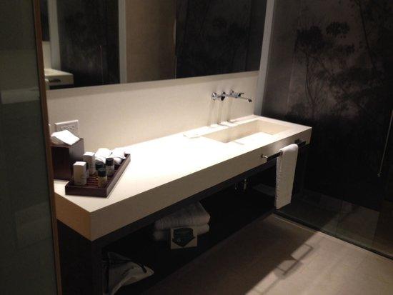 EK Hotel: Baño