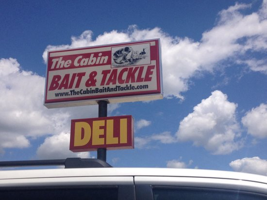 The Cabin Deli: Don't be fooled by the sign - this place is good!