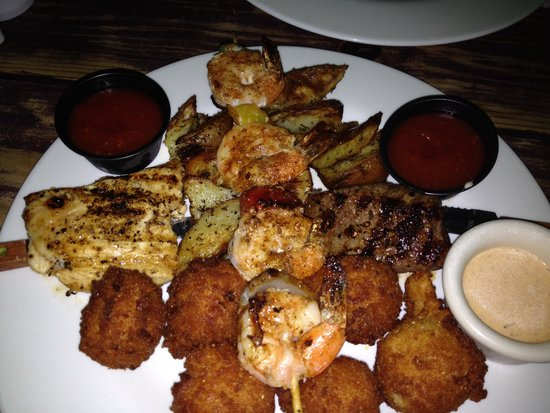 River Grille: Mixed grill selection
