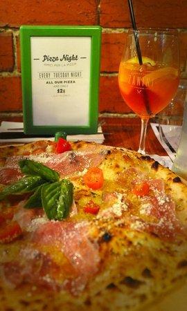Zanini Pizzeria: Special Pizza Night