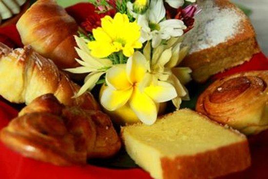 Cafe Wayan & Bakery : Cafe Wayan Baked goods